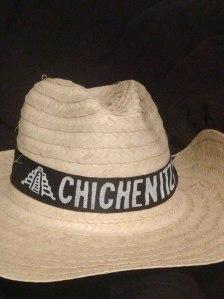 chichen-itza-sombrero